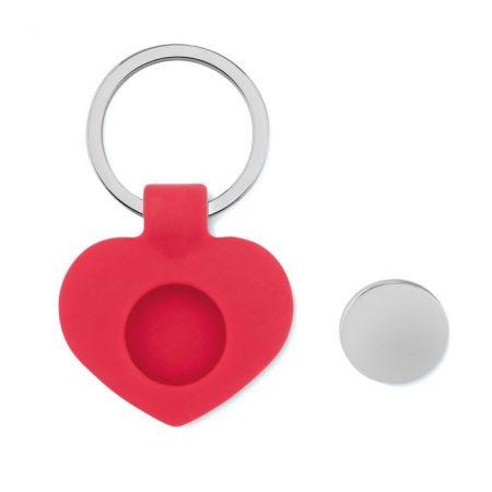 Szív alakú szilikon kulcstartó fém zsetonnal